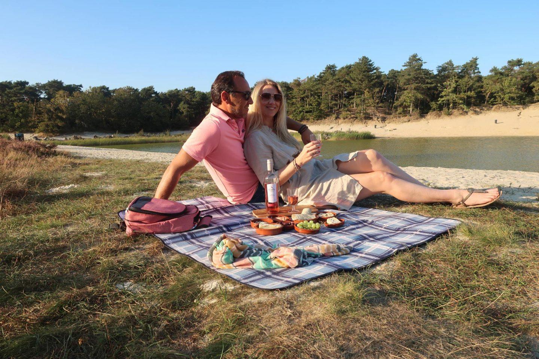 Zo organiseer je het ultieme me time moment met een picknick en wijn!